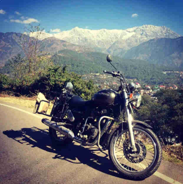 Royal Enfield Thunderbird 350 in Dharamshala
