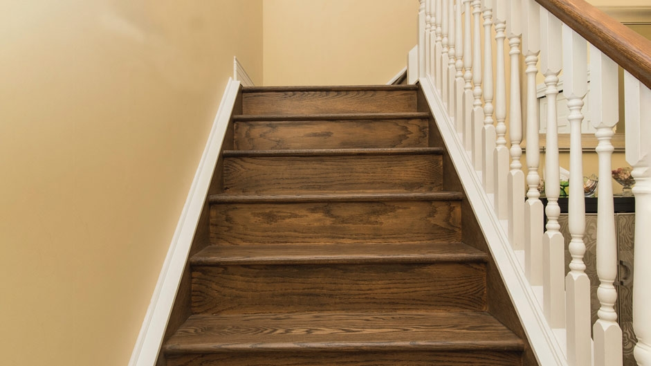You Want To Install Hardwood On Stairs – Reallycheapfloors | Already Made Wooden Steps | Hardwood | Concrete Steps | Stair Case | Spiral Staircase | Handrail