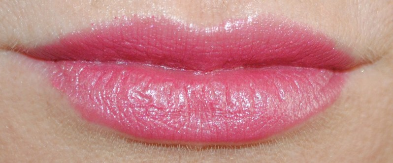 clarins-autumn-2014-rouge-eclat-lipstick-swatch-candy-rose-16