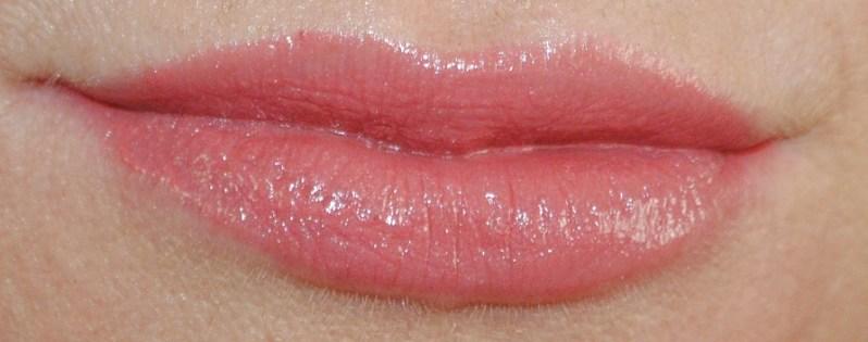 clarins-autumn-2014-rouge-eclat-lipstick-swatch-strawberry-sorbet-18