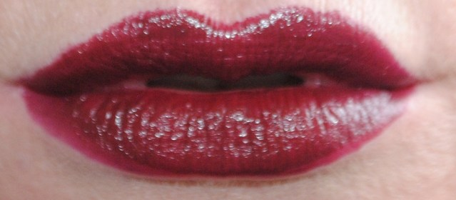 rimmel-the-only-1-lipstick-swatches-820-oh-so-wicked