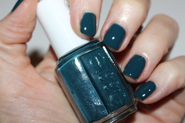Essie Winter 2016 Satin Sister