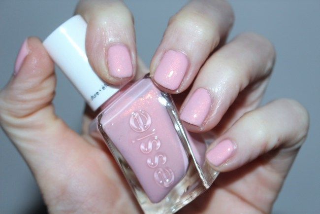Essie Gel Couture Bridal Collection by Monique Lhuillier - Blush Worthy