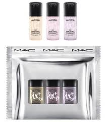 Best Christmas Beauty Gift Sets - MAC Shiny Pretty Things Fix +