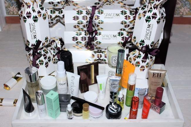 Space NK Party Piece Christmas Crackers 2018 Gift
