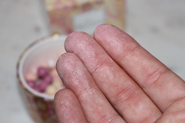 Guerlain Meteorites Perles de Satin Swatch