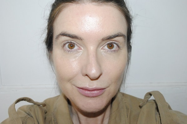After with Vital Skin Foundation Atelier II