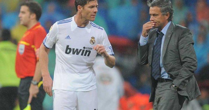 De mana cu Xabi Alonso si Arbeloa. Jose Mourinho si posibilitatea revenirii sale pe Santiago Bernabeu