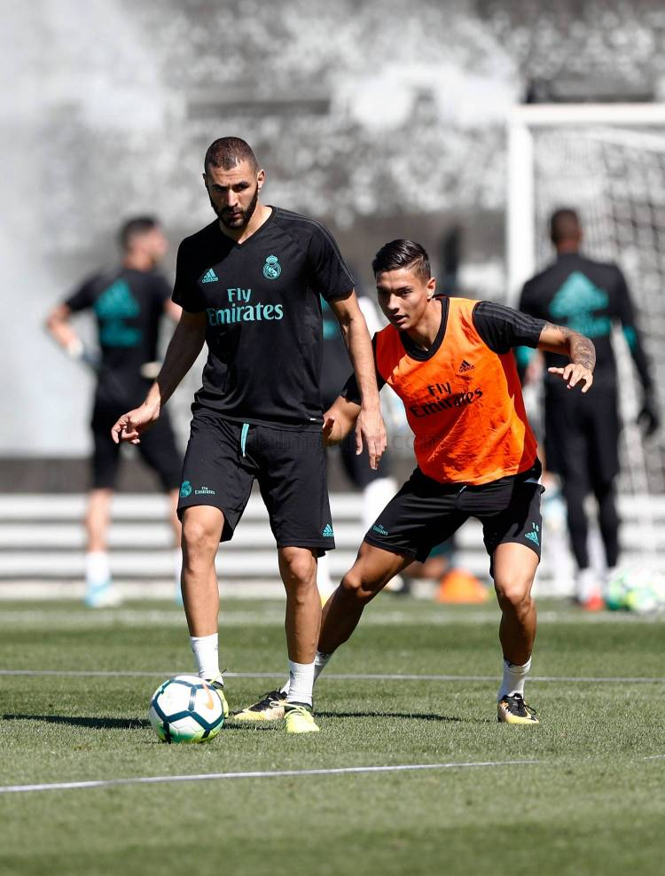 Cristiano Ronaldo returns to training | Real Madrid CF