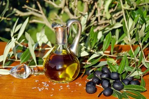 Olives inhibit cancer and Alzheimer's