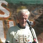 Eliot Coleman speaking at farm rally