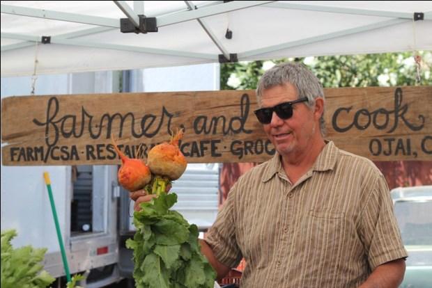 Organic Farmer Steve Sprinkel at Market