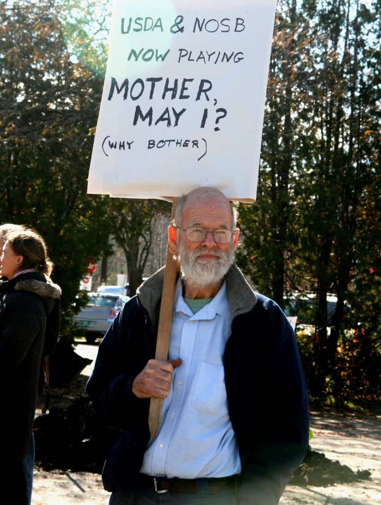 Arthur Harvey at the farmers' rally in the Stowe, Vermont NOSB meeting in 2015.