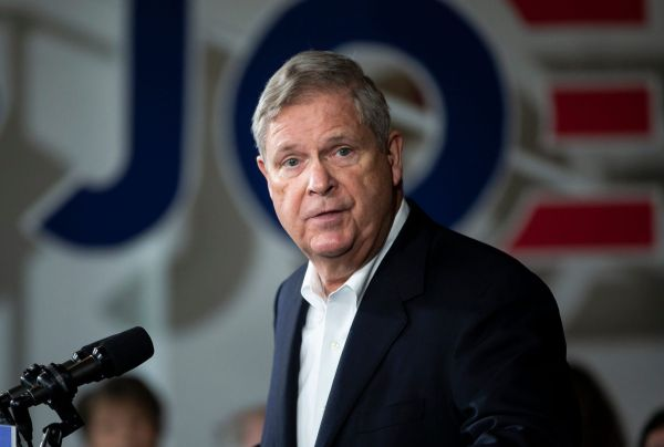 Secretary of Agriculture Tom Vilsack speaks at an event while looking at the camera