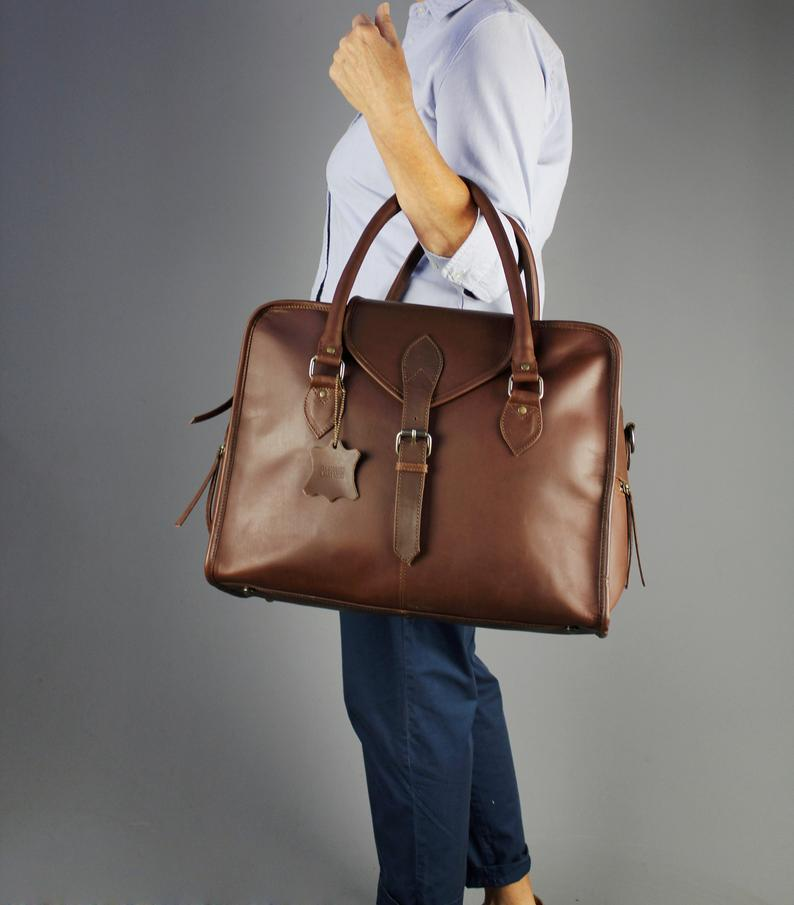 """Vintage Child """"Overnight"""" Leather Travel Bag in Pecan"""
