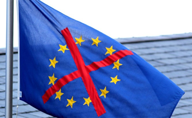 Anti-EU flag by EU Exposed