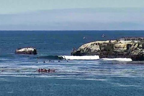 steamer lane santa cruz surfing