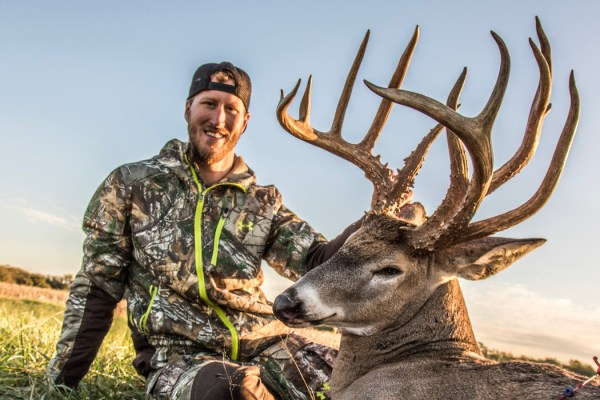 Deer Hunter Tags Double-Beam Buck with a Bow   Deer ...