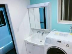 ティファニーブルー、洗面室