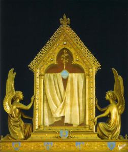The veil of the Blessed Virgin Mary at Chartres