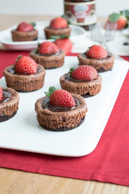 Mini-Chocolate-Strawberry-Cheesecake-11
