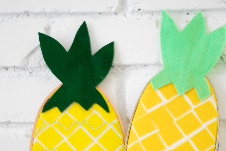 An Embroidery Hoop Pineapple that is simple to make and perfect for summer