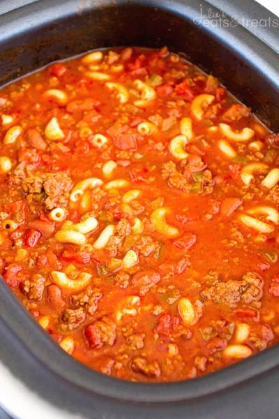 Hearty-Chili-Mac Crock Pot Recipes
