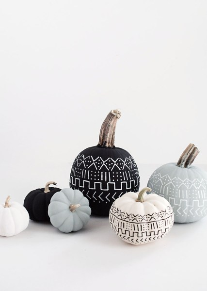 Spooky Halloween Decor that's sure to spook your guests!