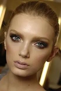 2015 Wedding Trends - Metallic gold smokey eye makeup from Rebecca Loves Weddings www.rebeccaanderton.co.uk