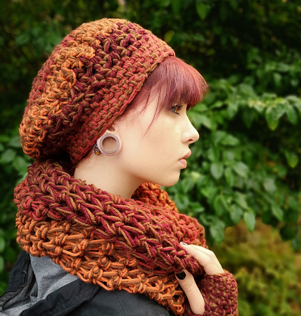 Oversize Slouchy Hat and Wool Chunky Snood