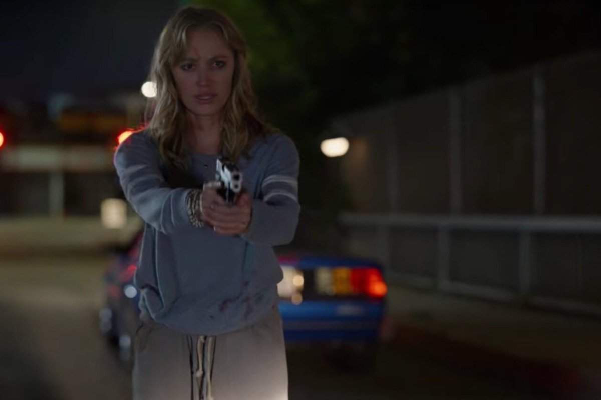 Maika Monroe as Clare in The Stranger.
