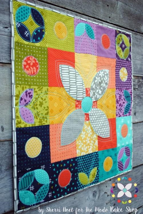 Mini quilt pattern by Sherri Noel