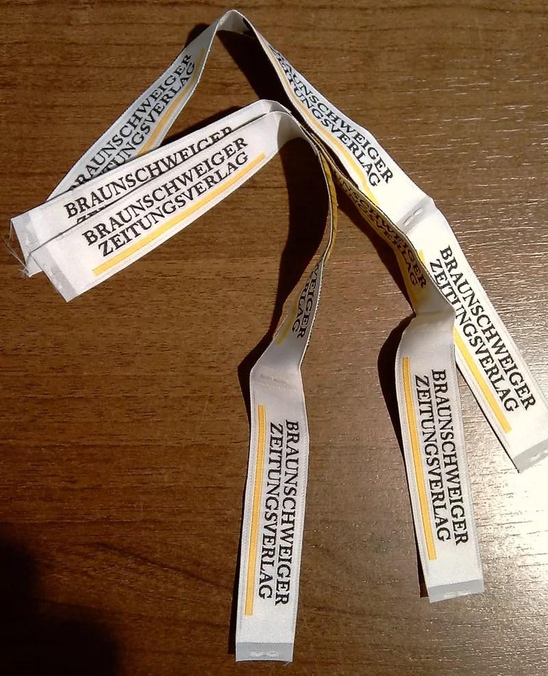 Corporate Fashion B2B Label Etiketten für VIP Geschenk Krawatten im Eintracht Braunschweig Design zum Aufstieg in die Bundesliga