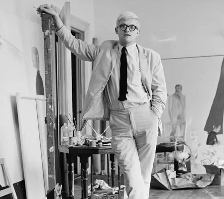 David Hockney mit Weejuns Pennyloafern von G. H. Bass