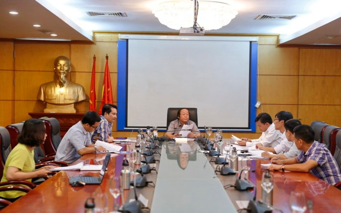 Deputy Minister Vo Tuan Nhan chairs meeting
