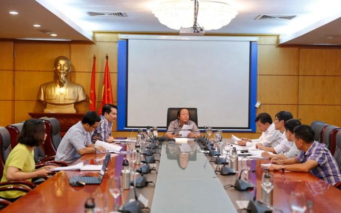 Deputy Minister Vo Tuan Nhan chairs meeting
