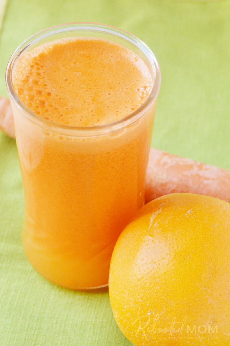 This healthy Orange of the Rainbow Juice will give your body an amazing boost of nutrients while tasting amazingly light.  #juice #juicing #healthy #nutrients #diet