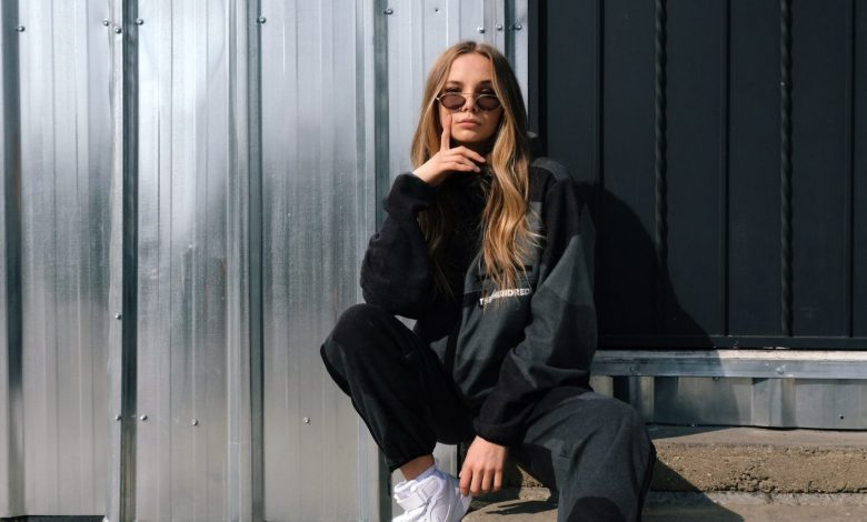 The complete guide to online women's streetwear
