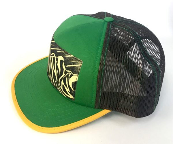 Side view of Kelly Green foam front, Peaks and Curves Print hat