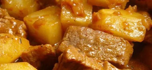 Picadinho de Carne com Batata