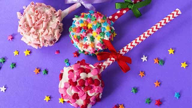Como fazer Ice Pop de Amori - Receita de Bolo de Brigadeiro Com Recheio