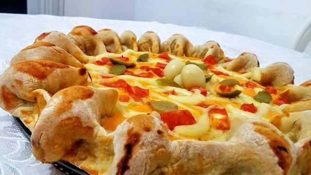 Pizza com Borda Beliscão - Como fazer Pizza de Mussarela com Presunto
