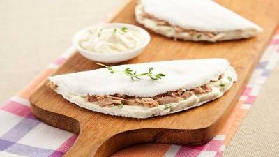 Deliciosa Tapioca de Atum com Creme de Ricota