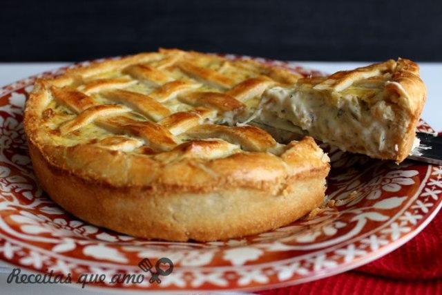 Torta cremosa de cebola