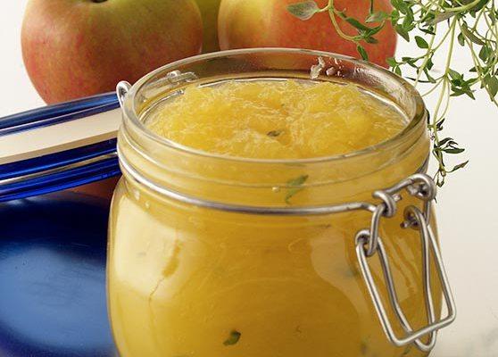Gammaldags opasserat äppelmos