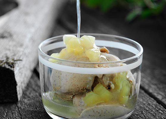Kanelglass med äppelsås