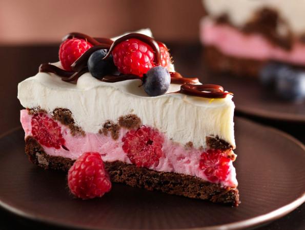 Шоколадно-ягодный десерт