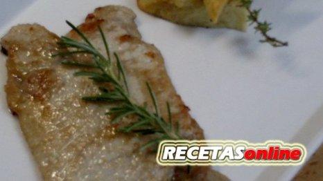 Lomo de cerdo marinado al aroma de romero y tomillo - Recetas de cocina RECETASonline