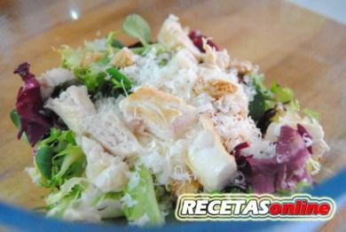 Ensalada cesar rápida - Recetas de cocina RECETASonline