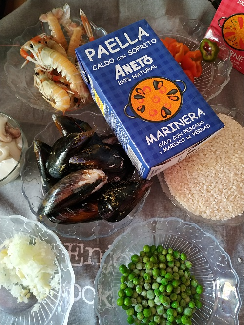 Ingredientes para paella de marisco